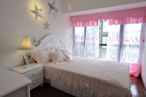田园风格二居室卧室装修图片