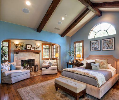 蓝色地中海风格大卧室床设计