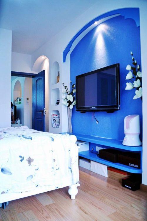 地中海风格一居室卧室背景墙装修效果图欣赏