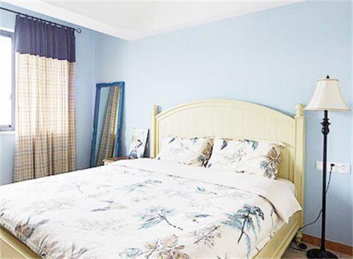 地中海风格二居室卧室窗帘装修效果图