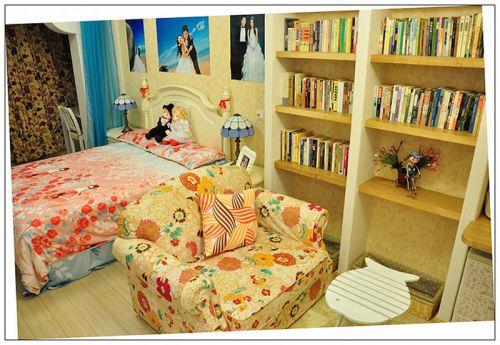 地中海风格二居室卧室组合柜装修效果图大全