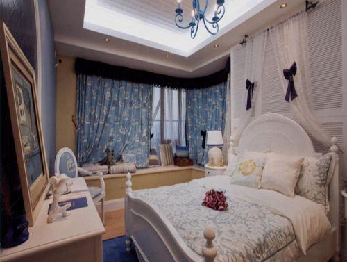 地中海风格三居室卧室照片墙装修图片