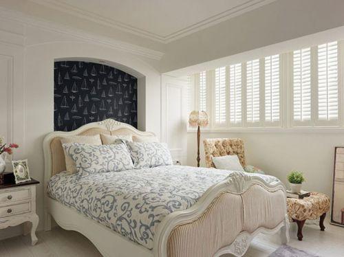地中海风格三居室卧室床头柜装修效果图大全