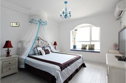 地中海风格三居室卧室飘窗装修效果图