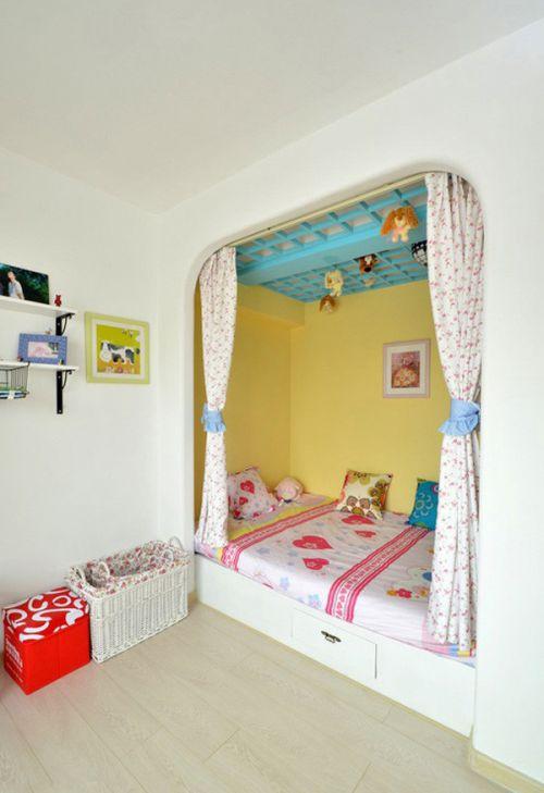 地中海风格二居室卧室储物柜梳妆台装修效果图
