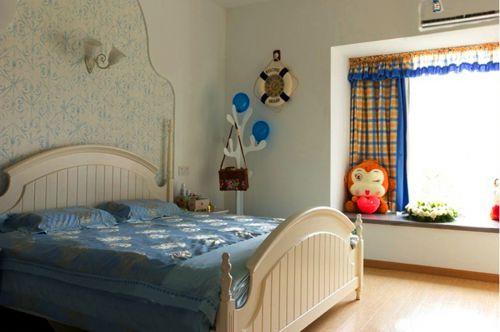 地中海风格三居室卧室窗帘装修图片