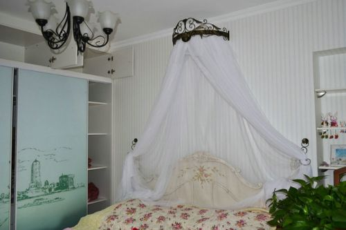 地中海风格三居室卧室装修效果图