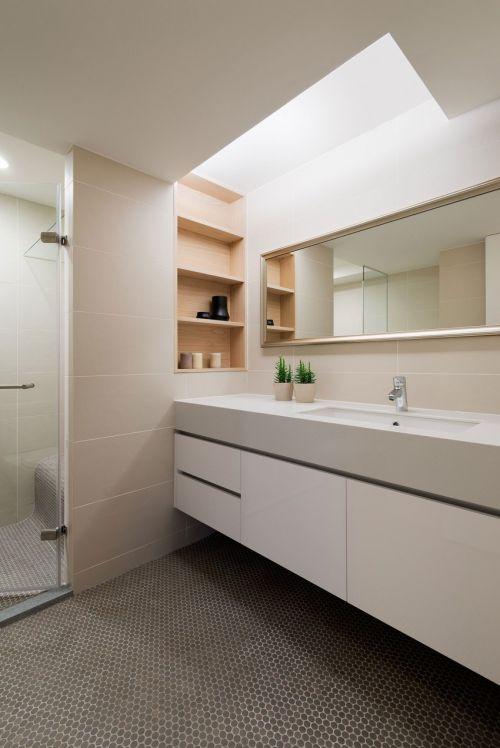 利落简洁现代风格卫生间装修效果图
