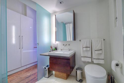 现代简约一居室卫生间瓷砖装修图片