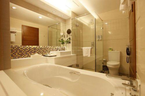 三居现代简约风格小清新卫生间淋浴间效果图