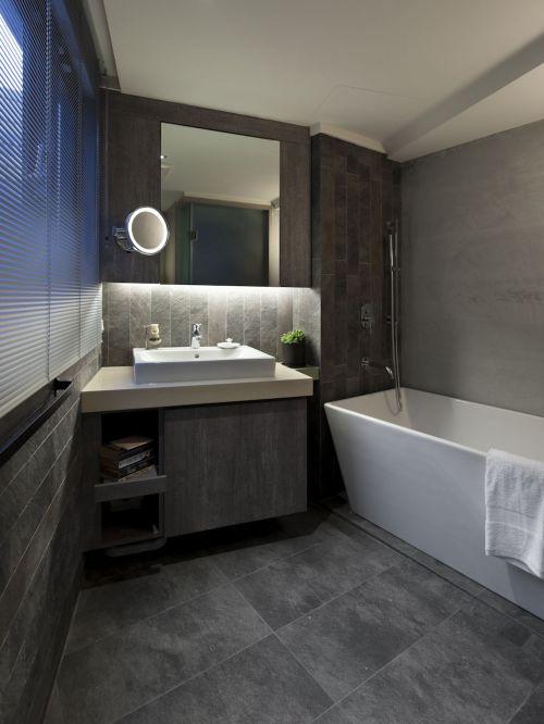 沉稳灰色系现代风格卫生间装修图片