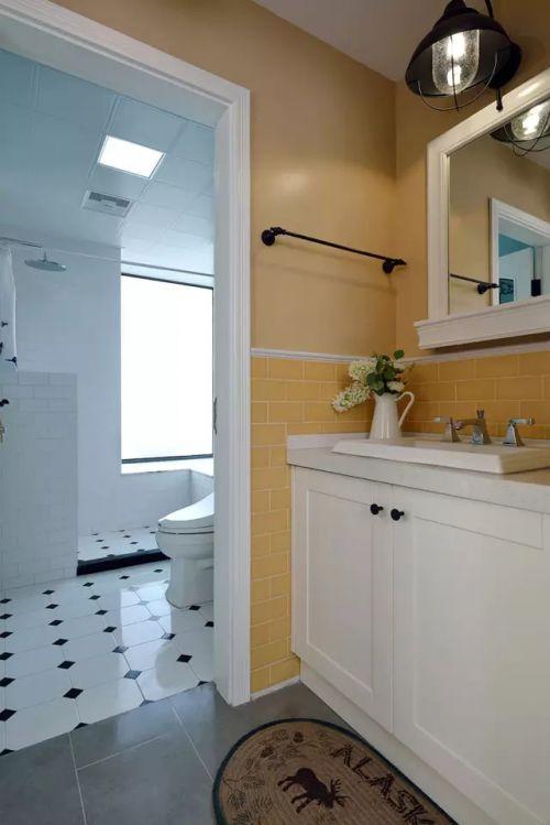 现代风格干净白色卫生间设计图