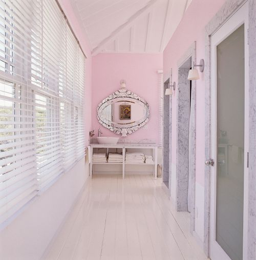 不再单调的粉色卫生间装修效果图