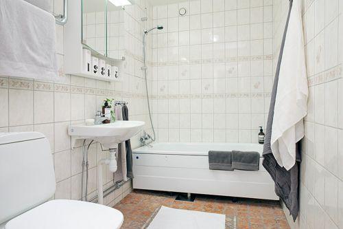 纯白二居现代风卫生间淋浴间装修效果图