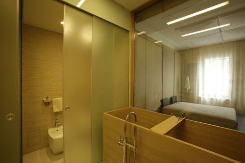 120平现代三居室卫生间淋浴间装修效果图