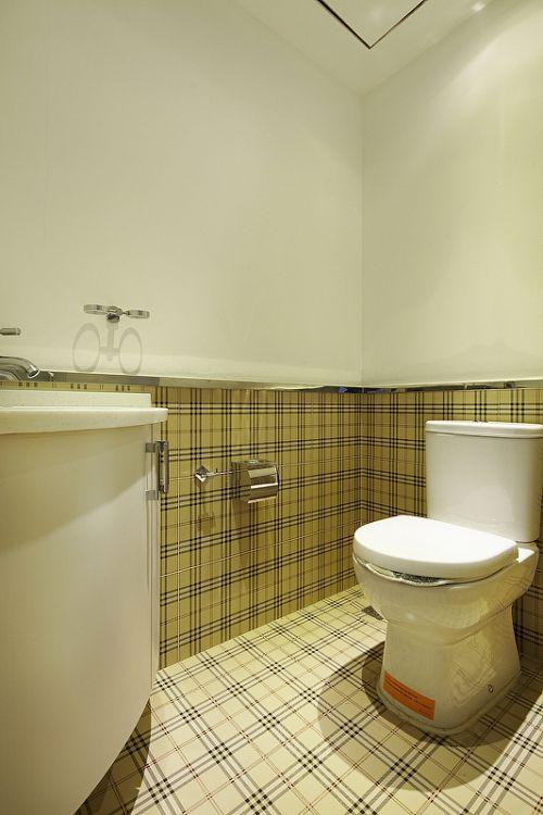 简洁暖意现代风格卫生间装修实景图