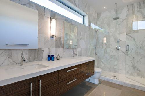 现代灰白色卫生间淋浴间装修效果图