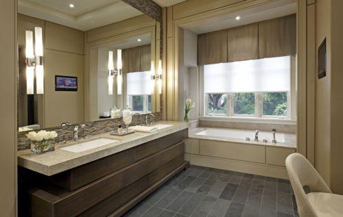 现代风格高档别墅主卫生间浴缸效果图