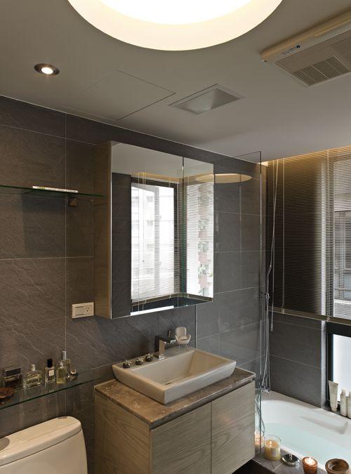 清爽整洁现代风格卫生间装修实景图