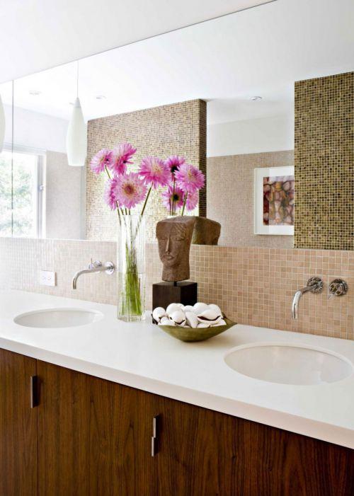 现代风格清新洁净卫生间洗手台图片
