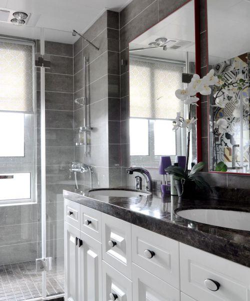 大气轻奢黑白现代风格卫生间装修设计