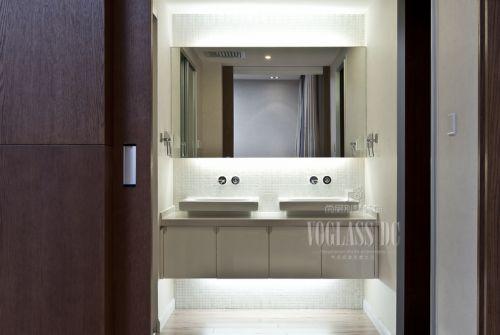 现代简约别墅卫生间装修图片