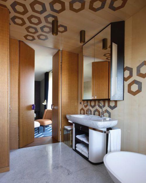 个性时尚现代风格原木卫生间装修设计