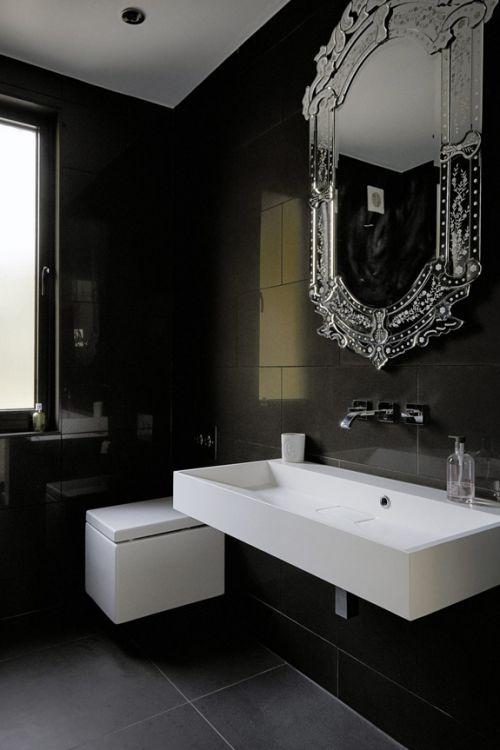 现代风格深邃黑色系卫生间装修图片