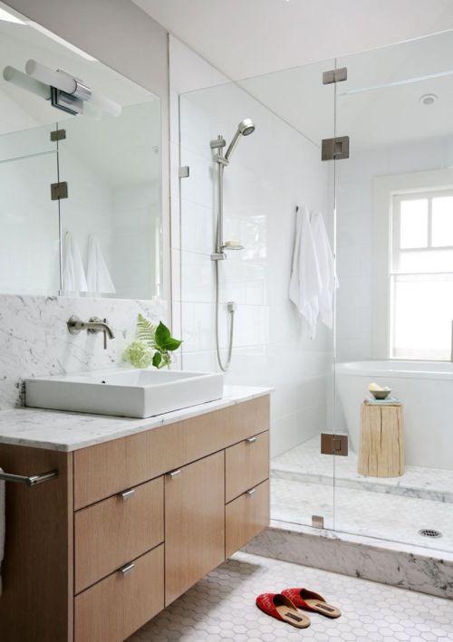 现代风格卫生间方形台上盆洗手台效果图