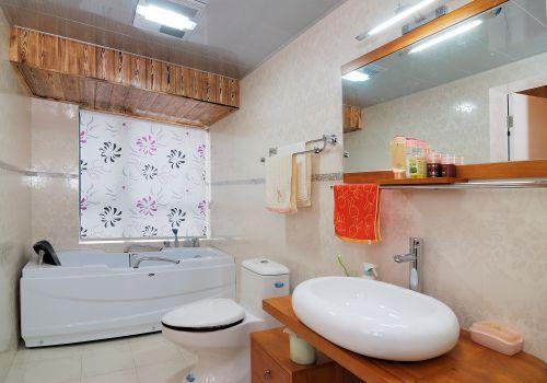 现代简约四居室卫生间装修效果图大全