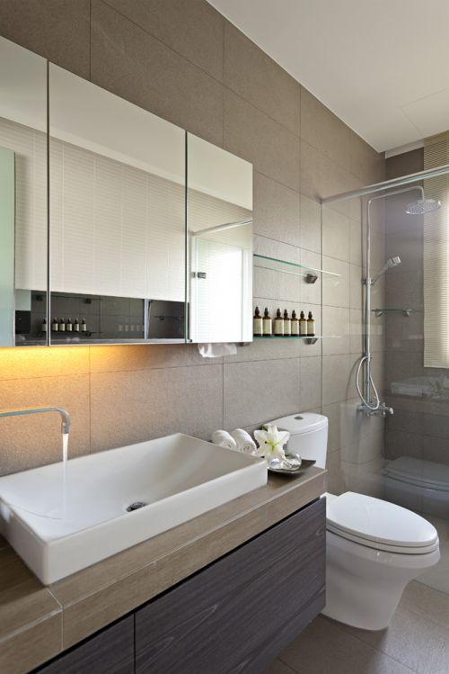 现代简约六居室卫生间装修图片欣赏