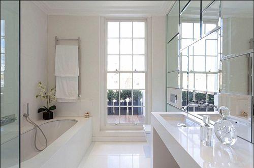现代简约四居室卫生间浴室柜装修图片