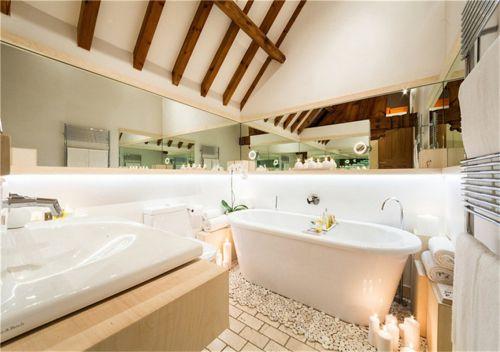 现代简约三居室卫生间浴缸装修效果图大全