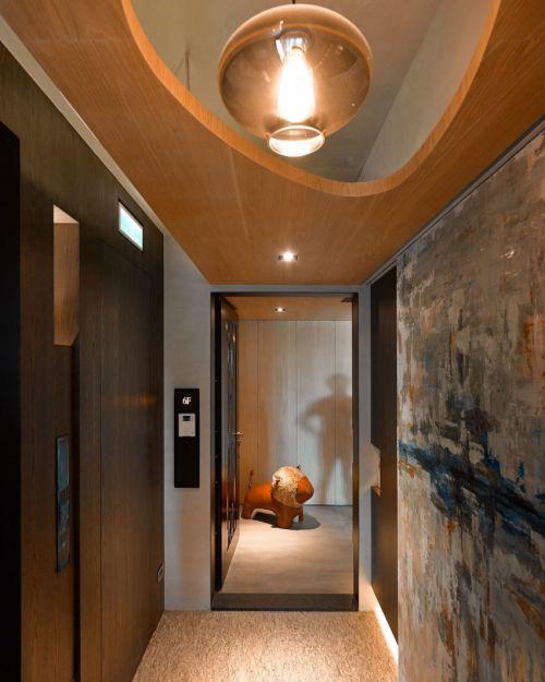 温馨暖意现代风格玄关吊顶装修实景图