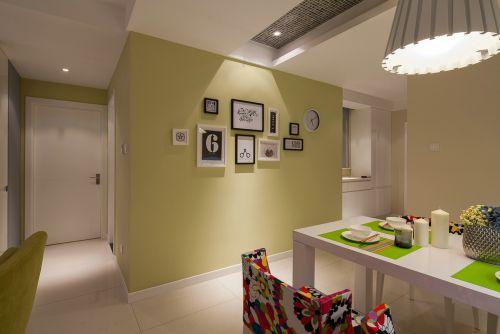 现代简约一居室玄关背景墙装修效果图