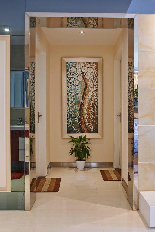 现代简约三居室玄关装修图片欣赏