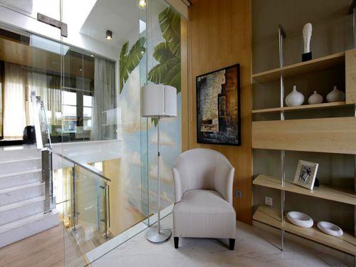 现代简约四居室玄关隔断装修效果图大全