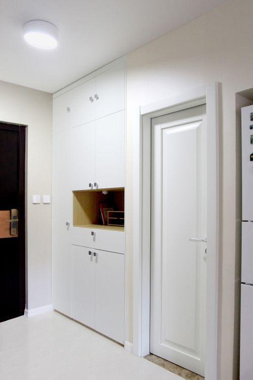 现代简约一居室玄关走廊装修效果图