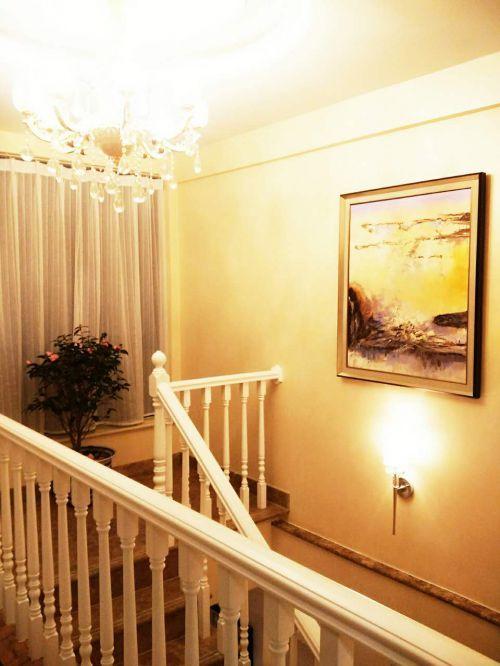 现代简约六居室以上玄关楼梯装修效果图