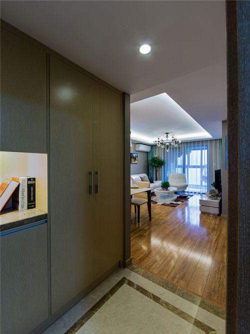 现代简约二居室玄关背景墙装修效果图欣赏