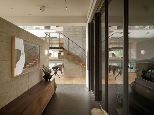现代简约三居室玄关屏风装修图片