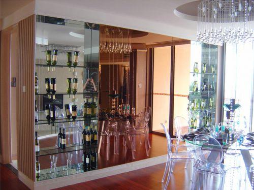 现代风格106平二居室餐厅黑色酒柜效果图