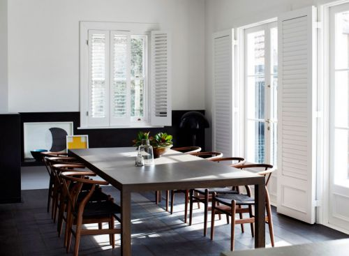 现代风格温馨餐厅质朴原木餐桌实景图