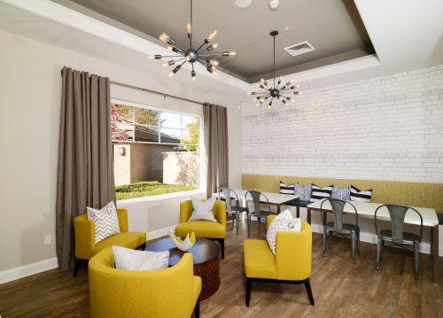 现代简约风格休闲餐厅黄色沙发效果图
