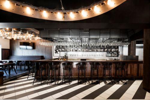 现代黑色大气酒吧餐厅装修效果图