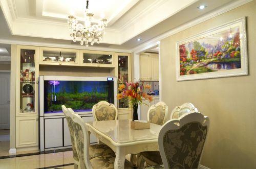 现代简约风格二居室餐厅实用装修设计图
