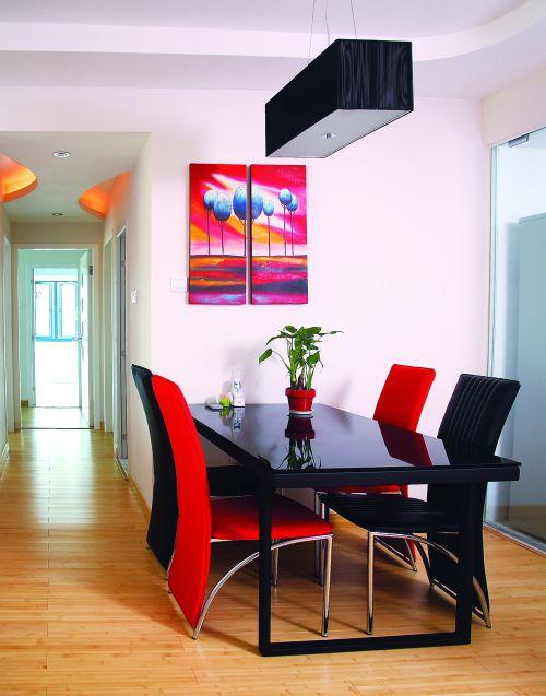 120平现代简约三居暖色餐厅背景墙效果图