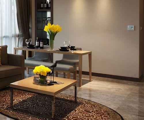 现代简约二居室餐厅酒柜装修效果图欣赏