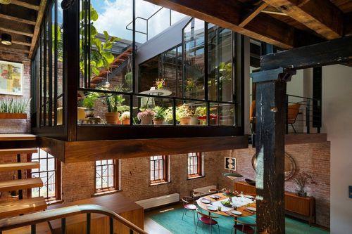老式墙砖原木色现代餐厅装修效果图