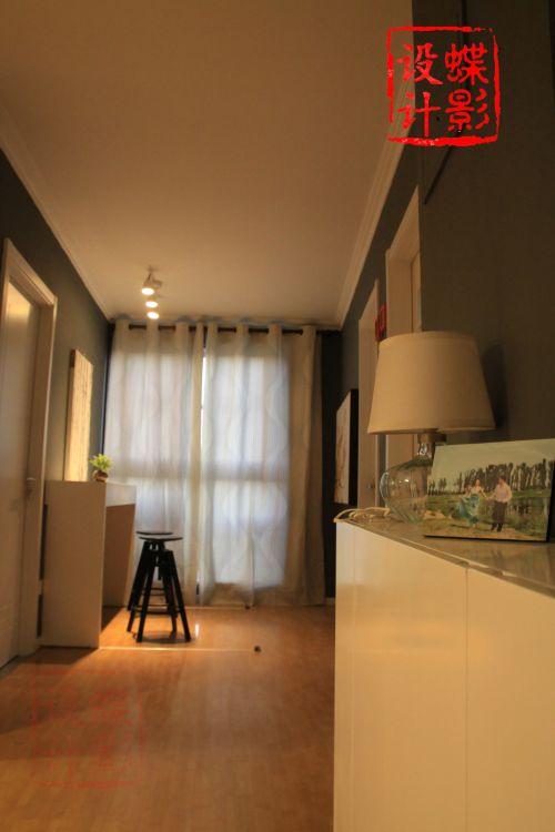 现代简约一居室餐厅装修图片欣赏